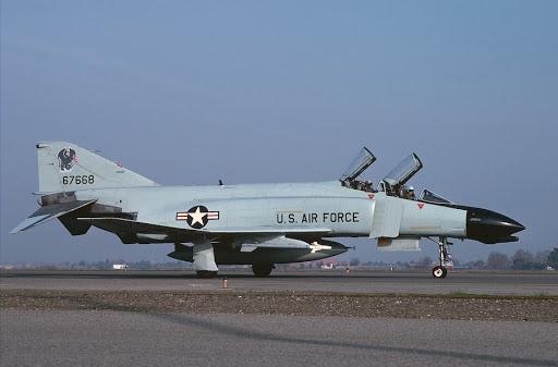 F4 Jet